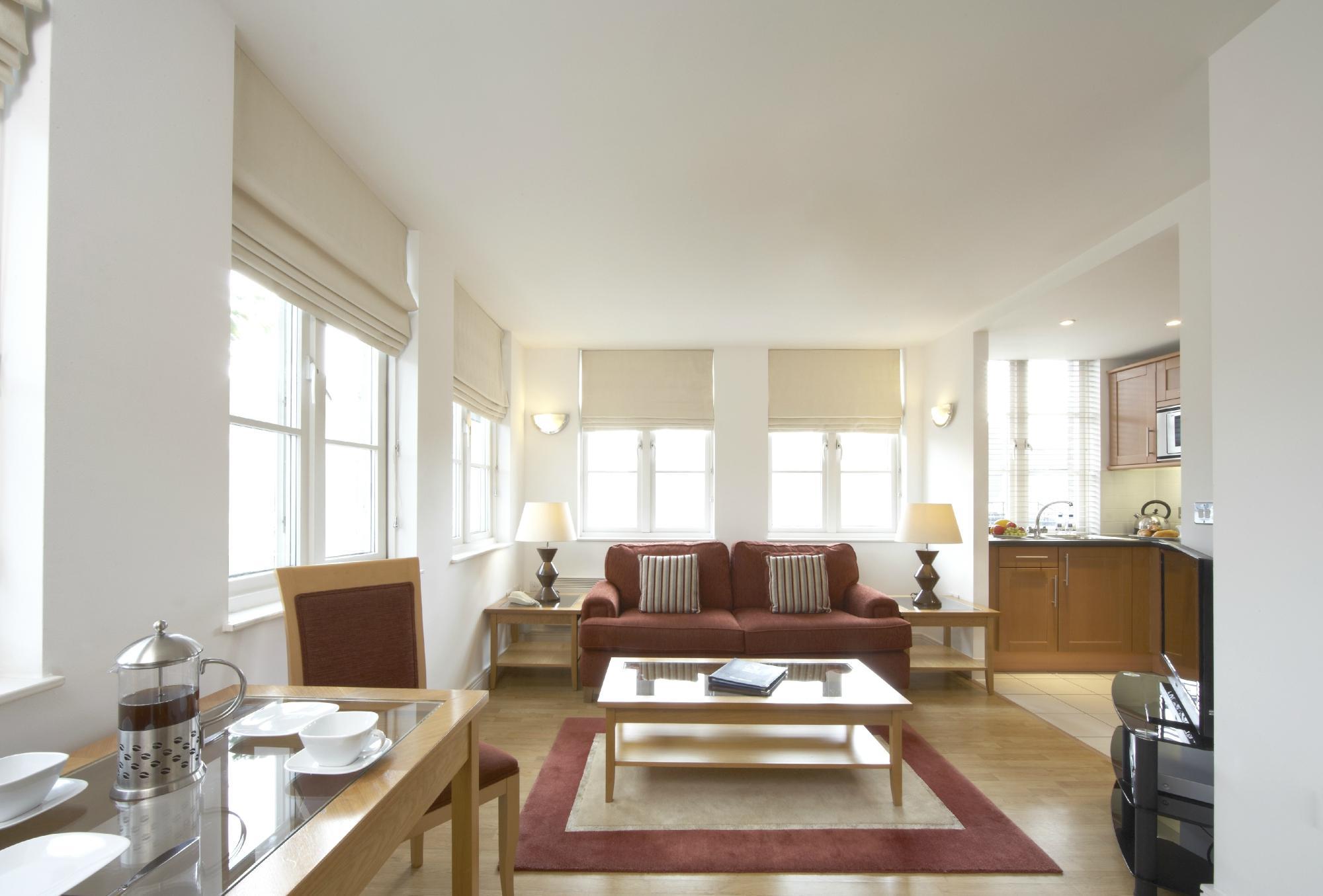 女王街馬林公寓