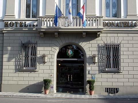 多納泰羅酒店