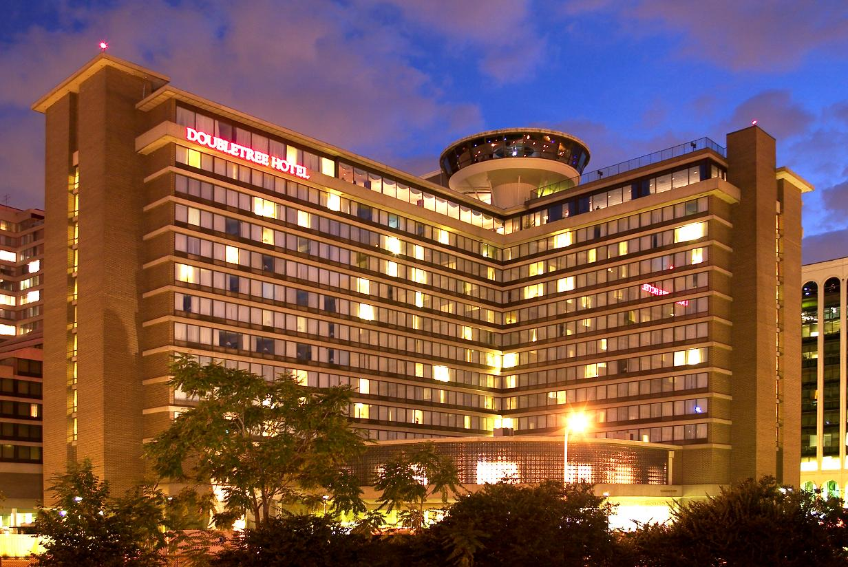 ‪DoubleTree by Hilton - Washington DC - Crystal City‬
