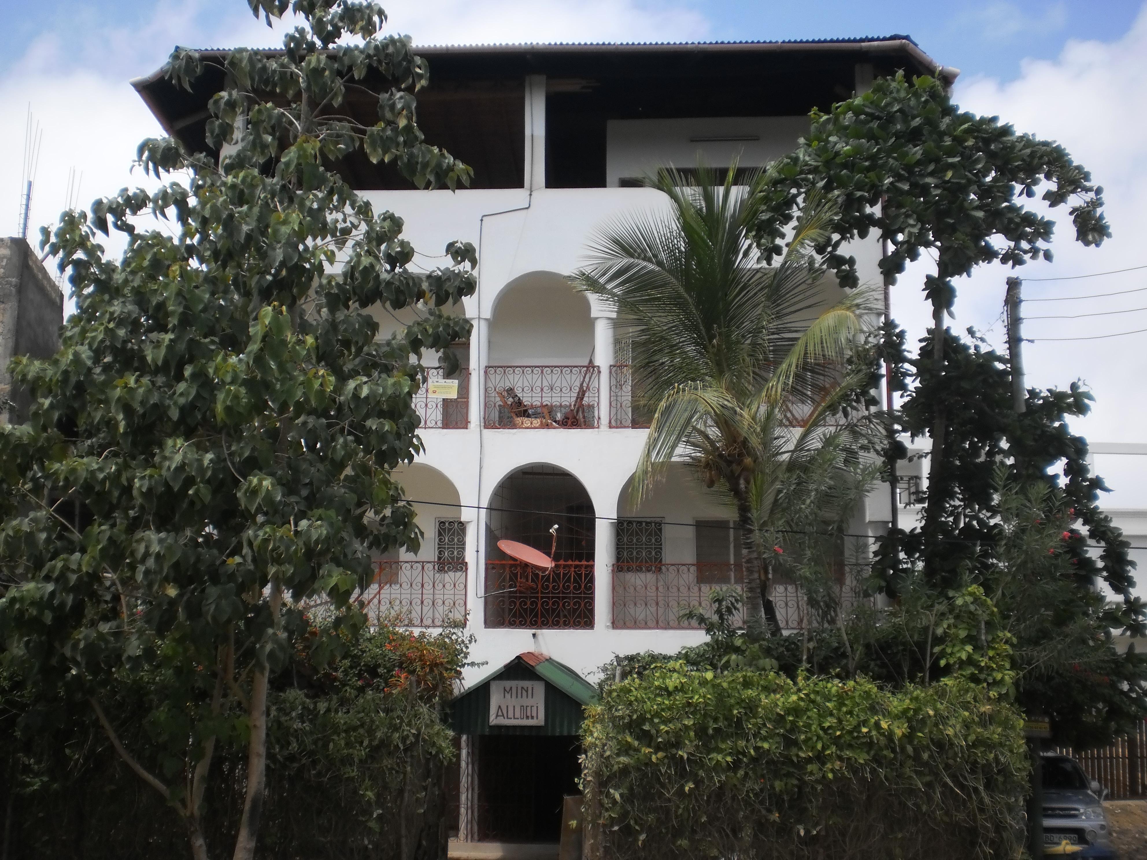 Niky House