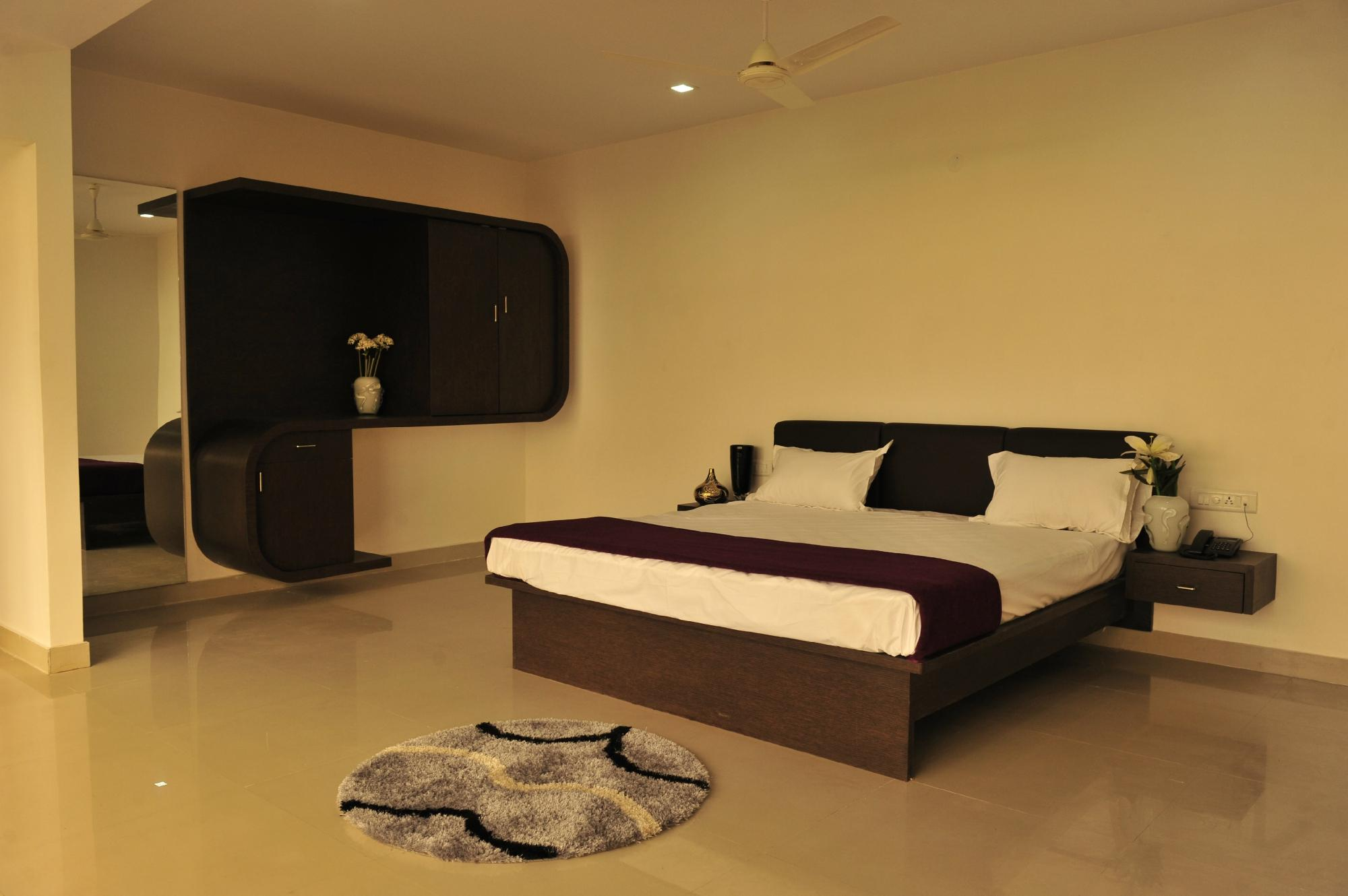 Raaga Grand Luxury Hotel