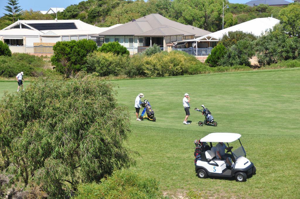 Golfers Retreat Bed & Breakfast