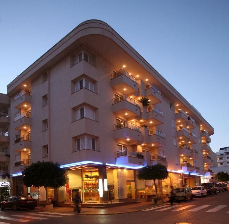 公爵夫人海灘酒店