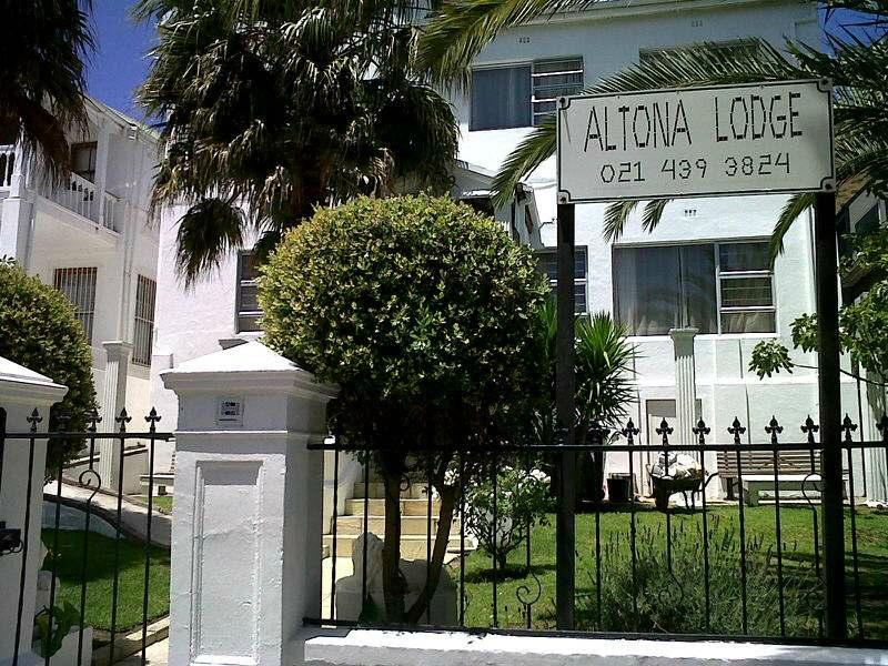 Altona Lodge