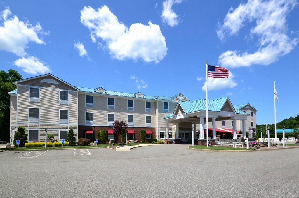‪Comfort Inn and Suites Colonial‬