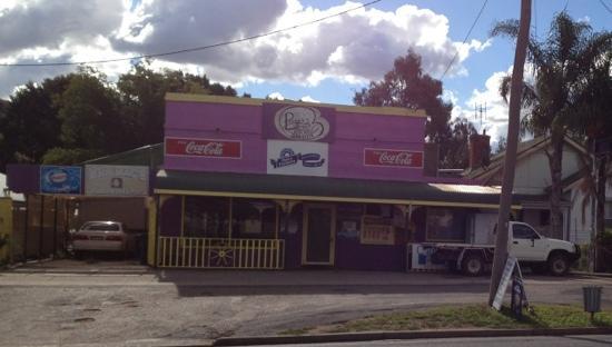 Burgo's Store