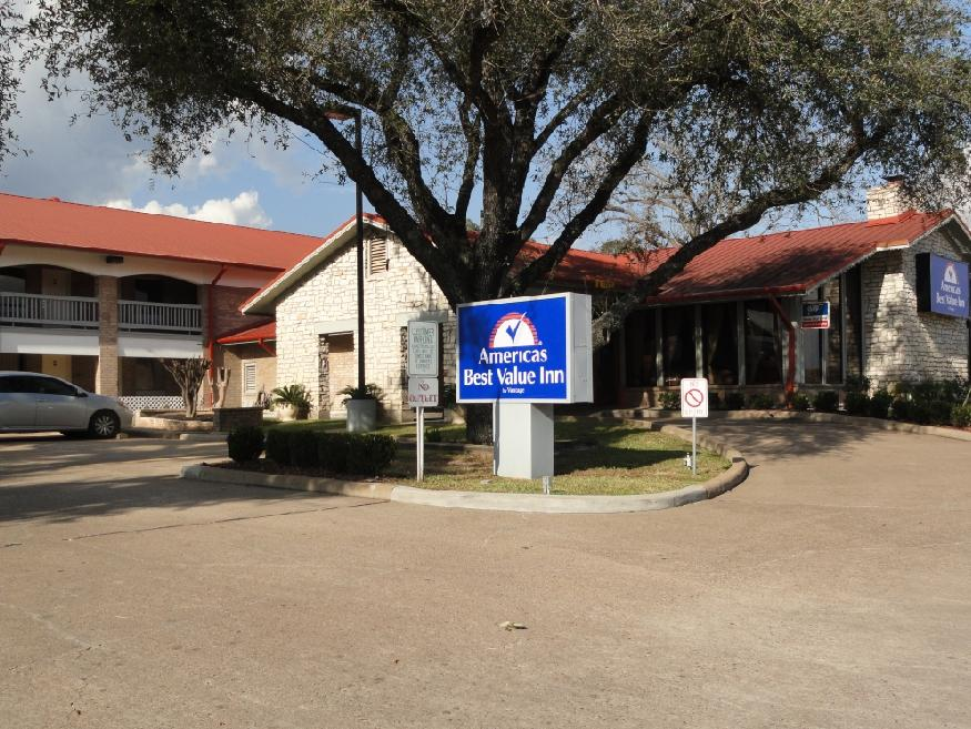 Columbus (TX) United States  city photos gallery : Americas Best Value Inn Columbus, TX 2016 Hotel Reviews ...