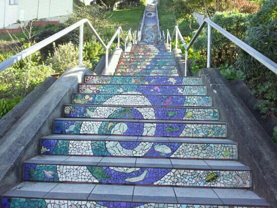 16 Avenue Tiled Steps