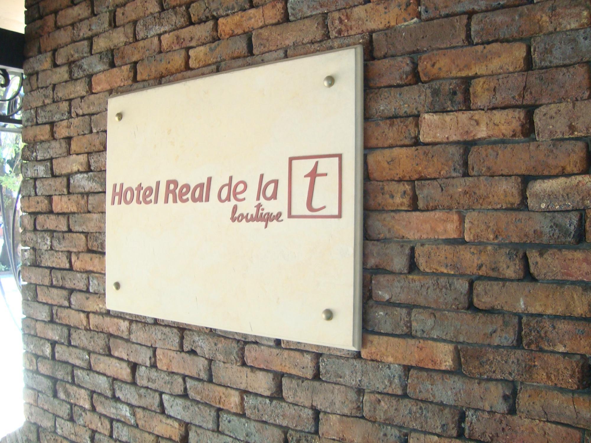 Hotel Real de la T