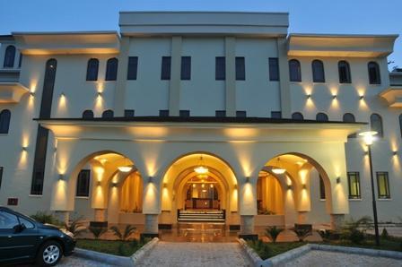 伊凱賈普羅蒂亞飯店
