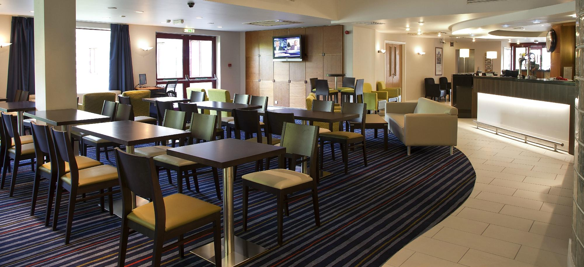 Premier Inn Greenock Hotel (Scotland) - UPDATED 2016 Reviews ...