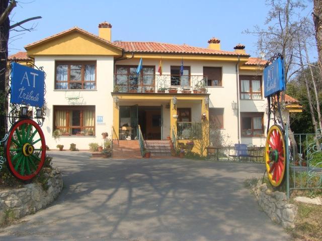Apartamentos turisticos Trebede
