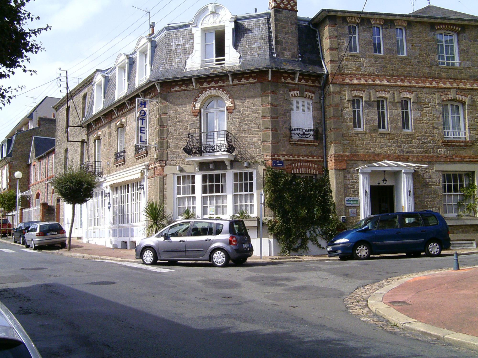 Hotel du Parc des Tourelles