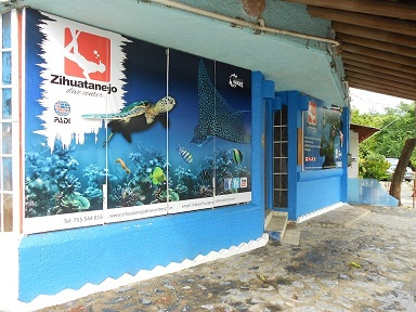 Zihuatanejo Dive Center