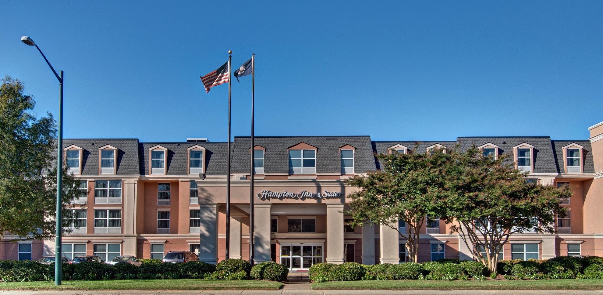 Hampton Inn & Suites Williamsburg-Richmond Rd.