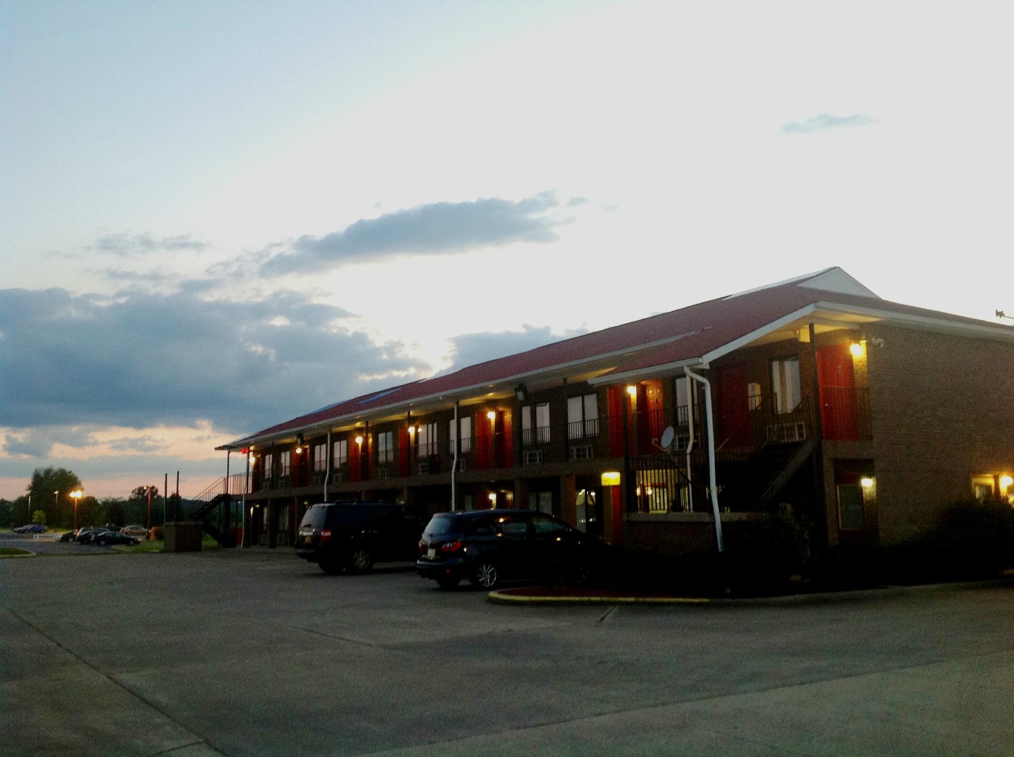 Country Nights Inn