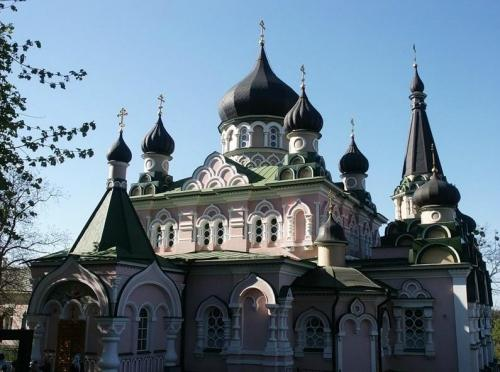 Intersession (Pokrovsky) Monastery