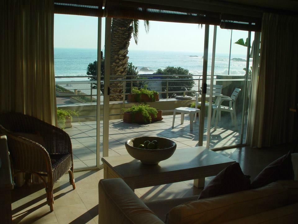 Primi Seacastle Guest House