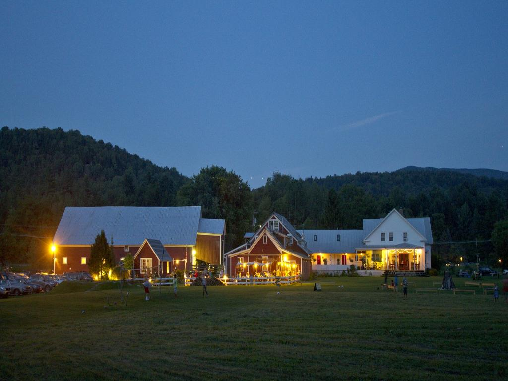 ‪Lareau Farm  Inn‬