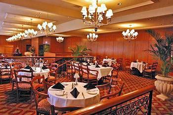 Capitals Restaurant - Sutton Place Hotel