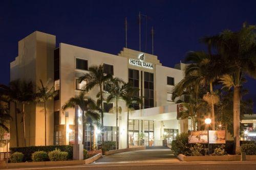 Diana Plaza Hotel Restaurant & Bar