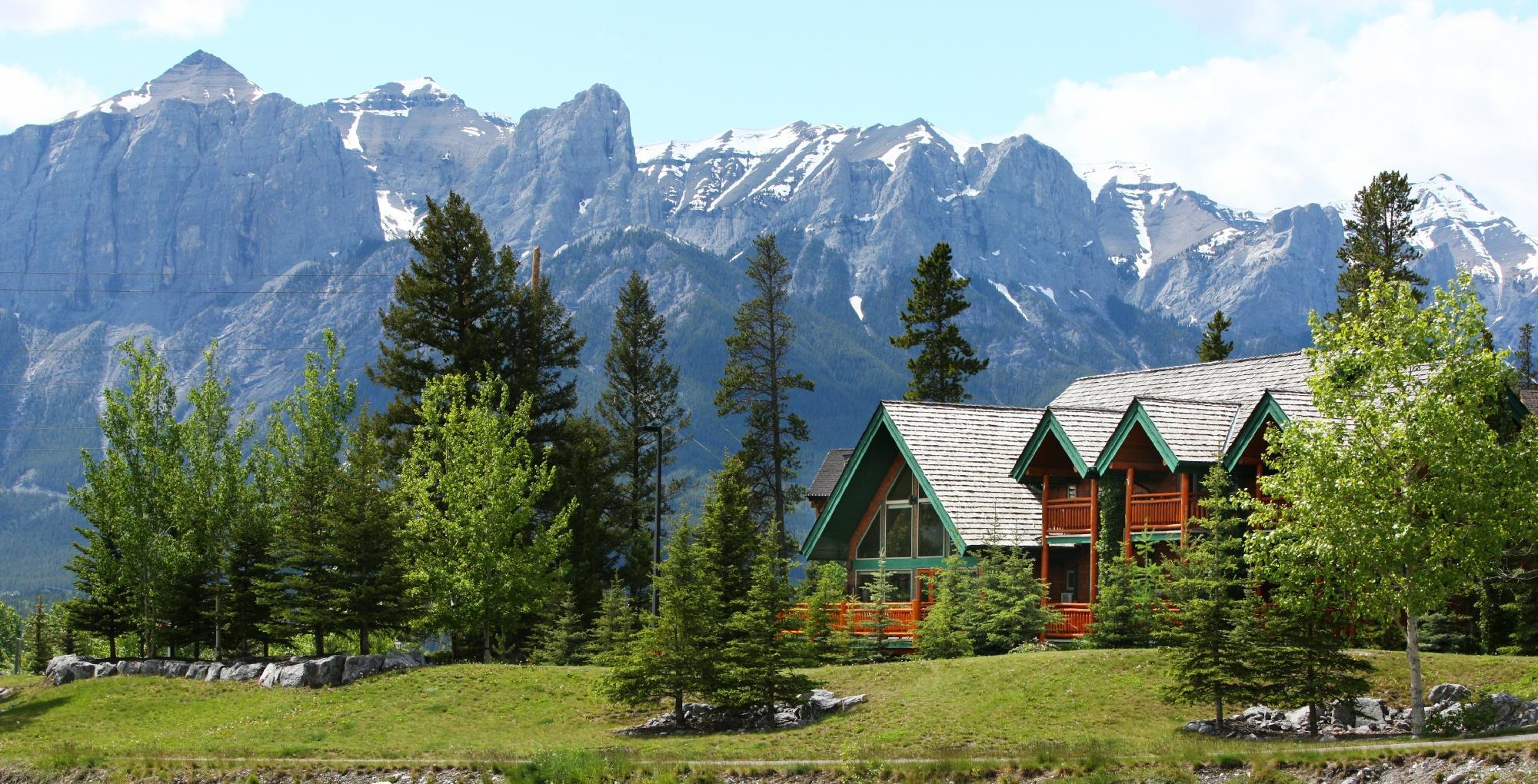 تعليقات ومقارنة أسعار فندق هوتل a Bear And Bison Canadian Country Inn canmore كندا فندق