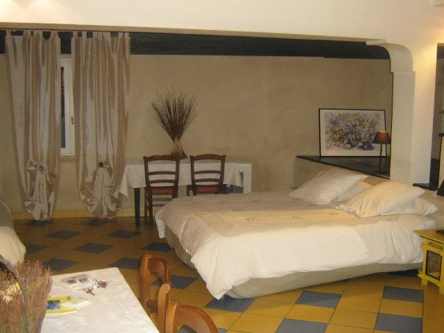 馬斯和魯伯隆之家酒店