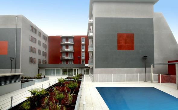 Park & Suites Toulouse L'Hers