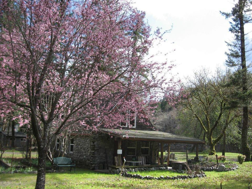 The Chetco River Inn