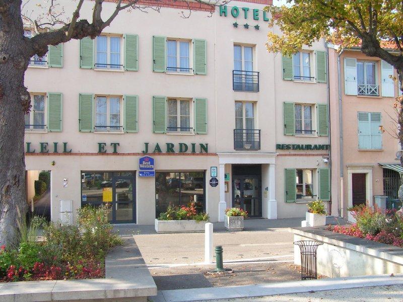 Hotel Restaurant Soleil et Jardin