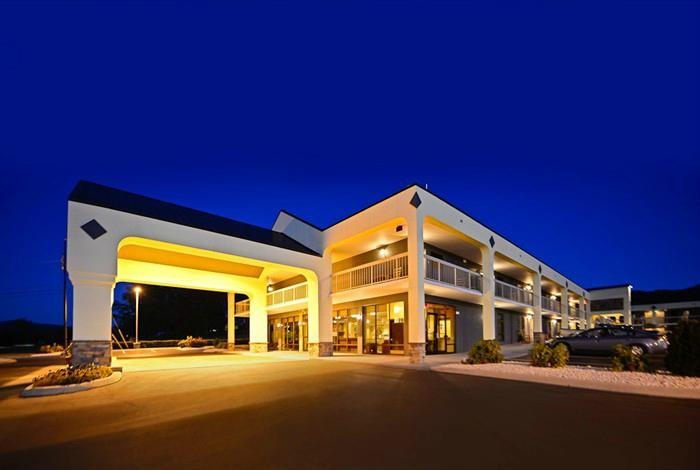 Cades Cove 貝斯特韋斯特酒店
