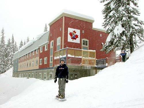 ‪Silver Star  SameSun Ski Lodge‬