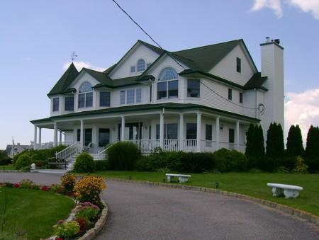 A Victorian on the Bay Bed and Breakfast