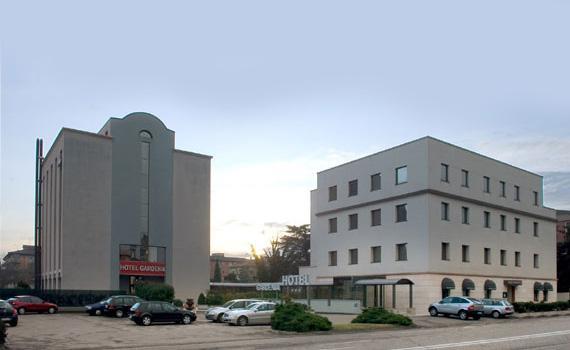 ホテル ガーデニア