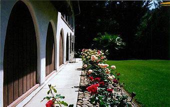 Spanish Villa Inn