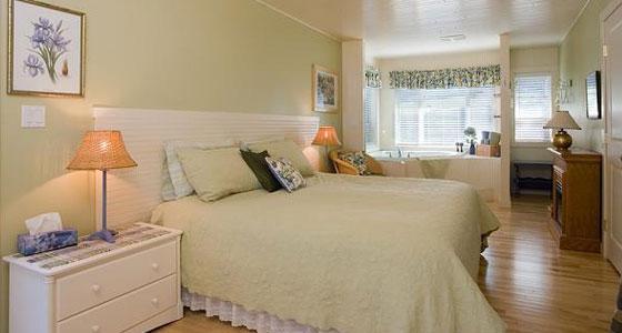 Blue Heron Bed & Breakfast