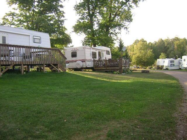 Oak Lake Island Resort and Campground