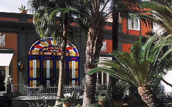 柯斯坦提諾波里104酒店