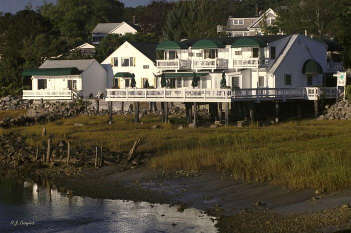 Above Tide Inn
