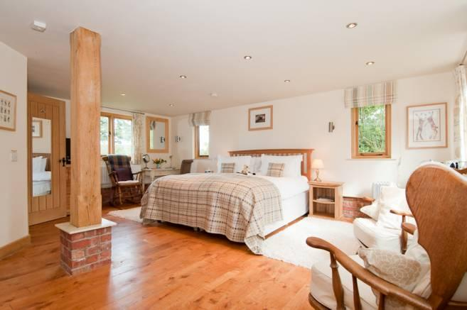 Hopton House Bed and Breakfast