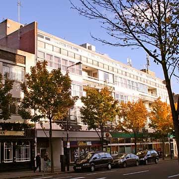202 Modern Service Apartments