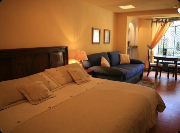 El Alcazar Hotel