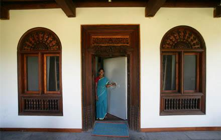 Rkn beach resort pondicherry india prices hotel for Acure eco salon prices