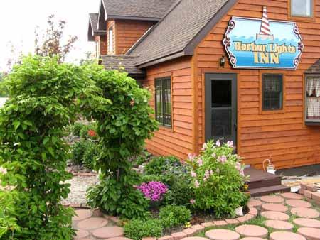 Harbor Lights Inn