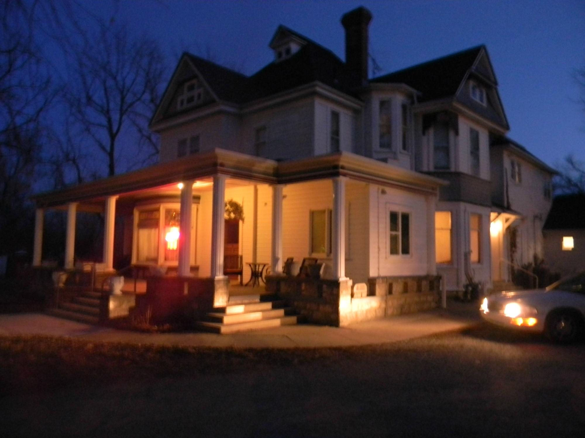 Holton House Bed and Breakfast