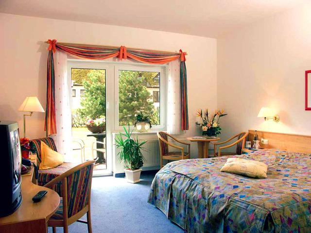 Wustrow - Ostseebad Germany  City new picture : Ostseehotel Wustrow Germany/Ostseebad Wustrow Hotel Reviews ...