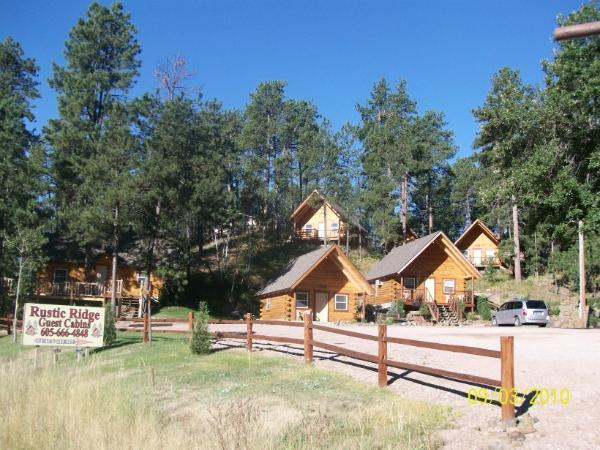 Rustic Ridge Guest Cabins