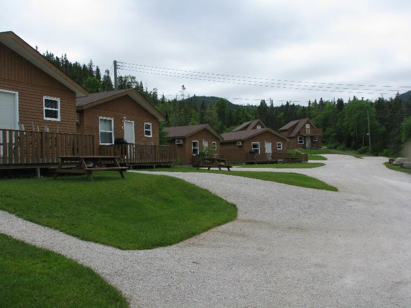 Middle Brook Cottages & Chalets