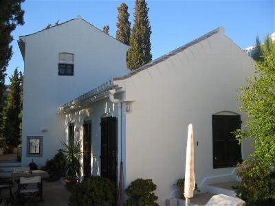San Nicolas Suites