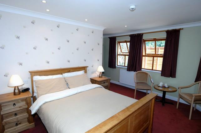 New Overlander Restaurant & Guest Accommodation
